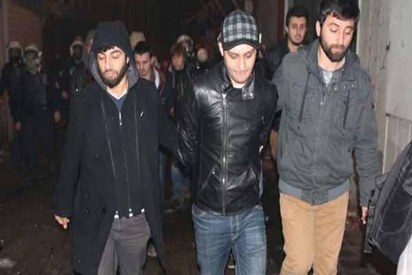 Taksim'de dün gece 5 kişi gözaltına alındı