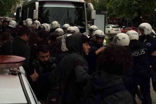 Eskişehir'de öğrenci grupları arasında kavga çıktı