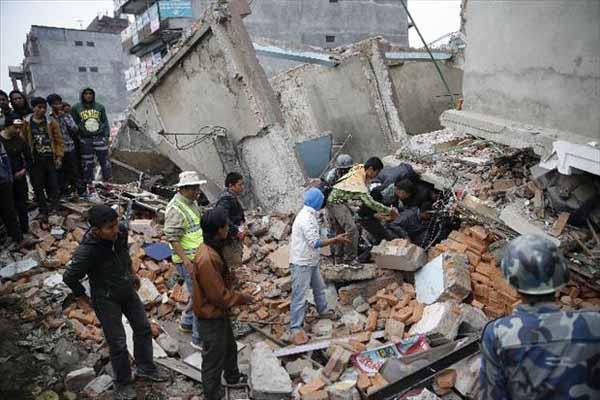 Nepal'de 6,7 şiddetinde deprem meydana geldi