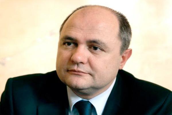 Fransa'nın yeni İçişleri Bakanı Azerbaycan'ın istenmeyen şahıslar listesinde