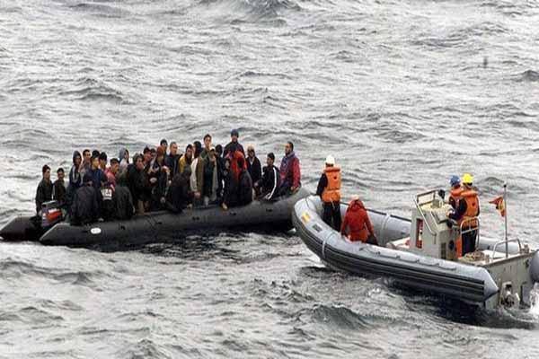 İtalya açıklarında 40 kaçak göçmen hayatını kaybetti