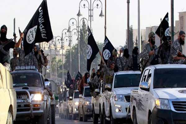 IŞİD, Şam'da bulunan mülteci kampına saldırdı