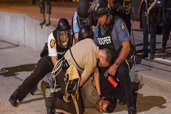 ABD'de öldürülen siyahi gençlere polis bir kişiyi daha ekledi