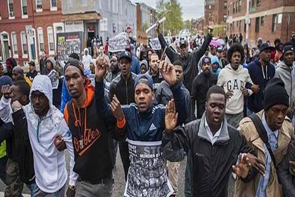 ABD'de polis şiddetinde karşı yürüyüş düzenlendi