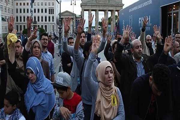 Mısır lideri Sisi'ye Almanya'da büyük tepki