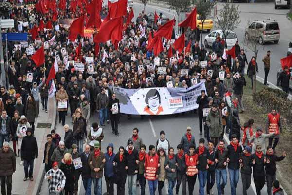 Binlerce kişi Berkin Elvan için anma töreni düzenledi