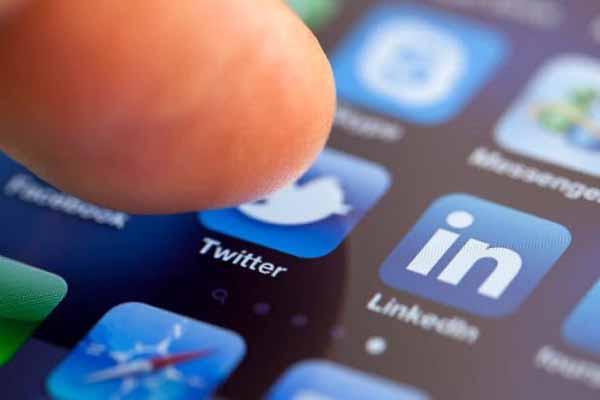 Twitter son özelliği ile bombayı patlattı