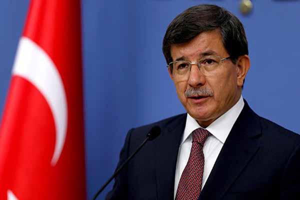 Başbakan Davutoğlu gazetecilerin sorularını yanıtladı