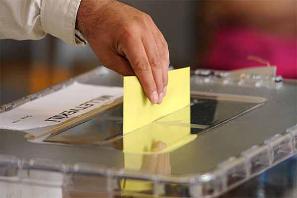 ABD'de yaşayan Türkler oy verme işlemlerine başladı