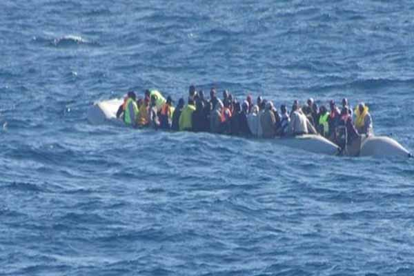 Libya açıklarında 3 bin 500 göçmen güvenlik ekiplerince kurtarıldı