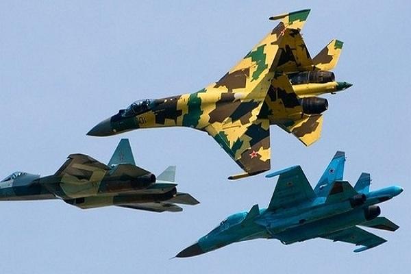Rus jetinin Amerikan keşif uçağını taciz ettiği iddia edildi