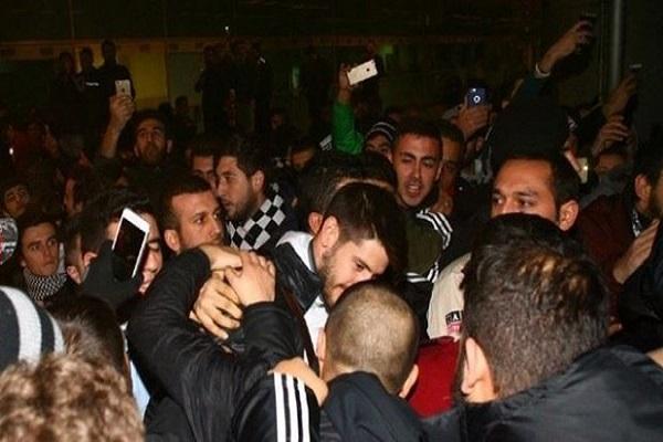 Beşiktaş kafilesi İstanbul'da coşkuyla karşılandı