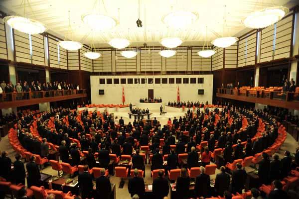 Türkiye'nin kalbi TBMM'de görüşülen tezkerede atıyor