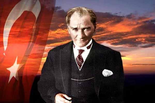 Diyarbakır, Mustafa Kemal Atatürk'ün şehre gelişinin 77. yılını kutladı