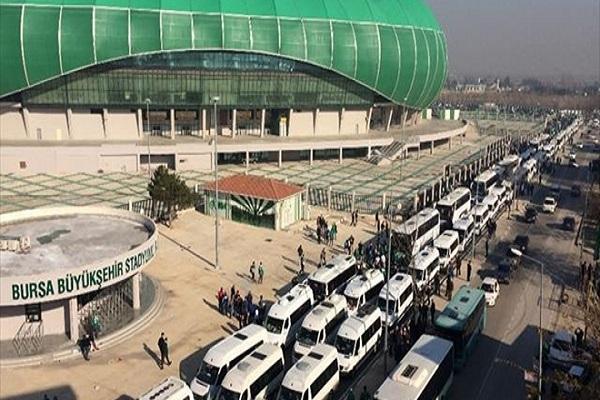 Bursasporlu taraftarılar 40 otobüsle yola çıktı