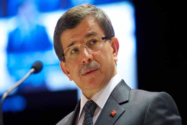Başbakan Davutoğlu, Fransa ve Rusya'yı eleştirdi