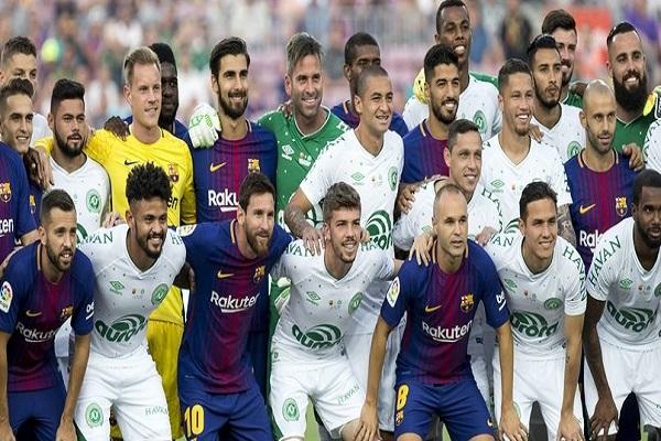 Barcelona rakibi Chapecoense'yi farklı yendi