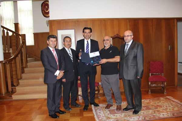 Başkonsolos M.Türker Arı'ya veda ziyareti