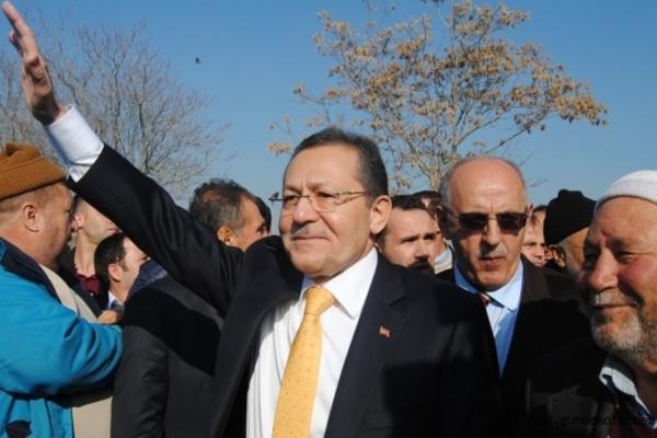 Erdoğan 'İstifa etmiyorum' diyen belediye başkanıyla görüştü