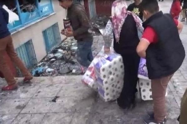 İstanbul'da market yağmalandı