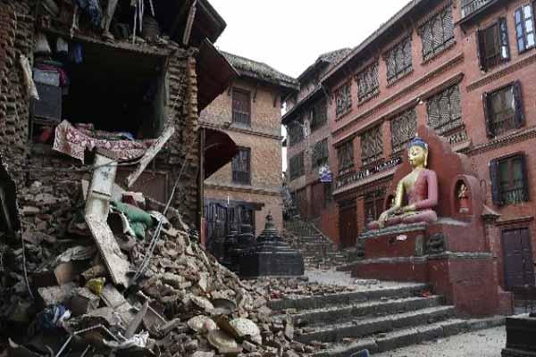 Nepal'de ölü sayısı artıyor