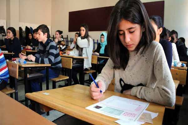 Öğrencilere TEOG ve 1 Mayıs tatili
