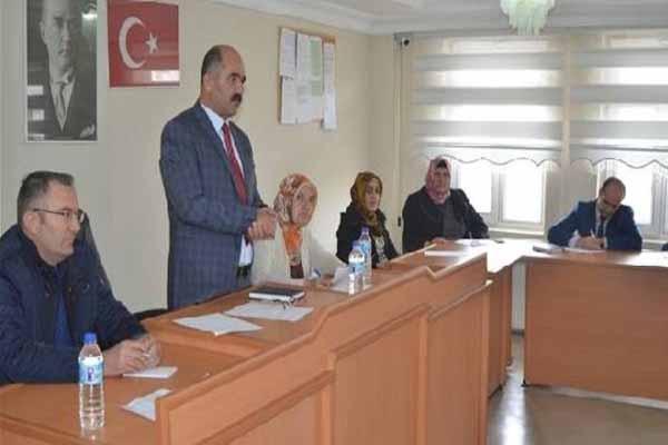 Malazgirt Belediyesi BDP'li Eş Başkanları tutuklanarak cezaevine yollandı