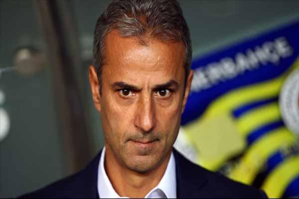 Fenerbahçe Teknik Direktörü İsmail Kartal isyan etti
