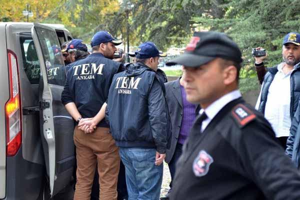 Usulsüz dinleme iddialarına ilişkin operasyonda 18 kişi tutuklandı