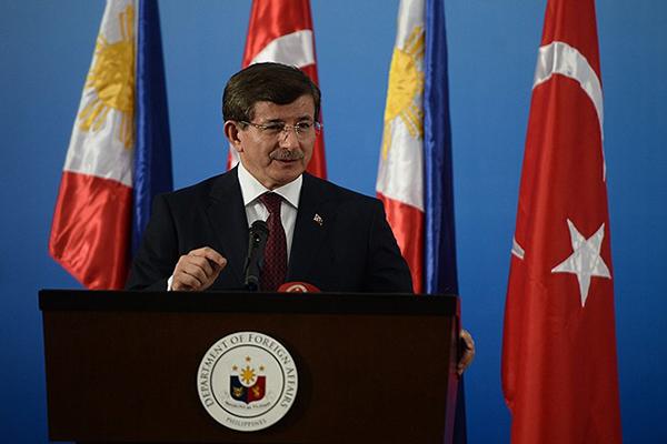 Başbakan Davutoğlu, 'Barışçıl ortamlar için çalışmaya devam edilecek'