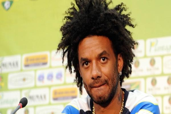 Fenerbahçe, Brezilyalı futbolcu Baroni ile yollarını ayırdı
