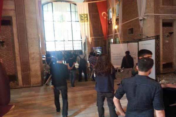 İstanbul Üniversitesi'nde IŞİD destekçileri