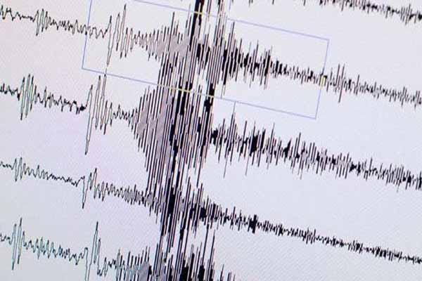 Şanlıurfa ve Hatay peş peşe depremle sallandı
