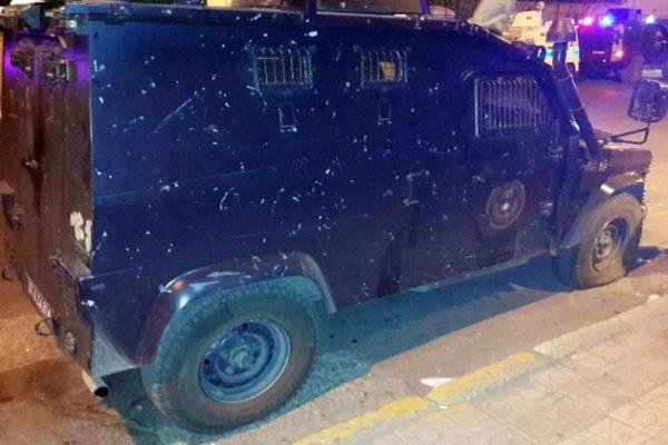 Diyarbakır'da zırhlı polis aracına silahlı saldırı