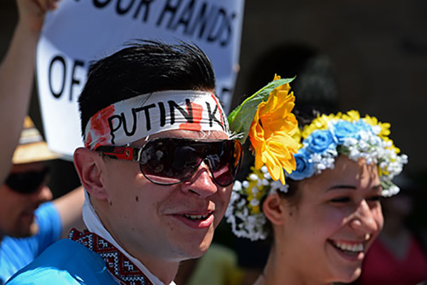 G20 zirvesi sokaklarda protesto ediliyor