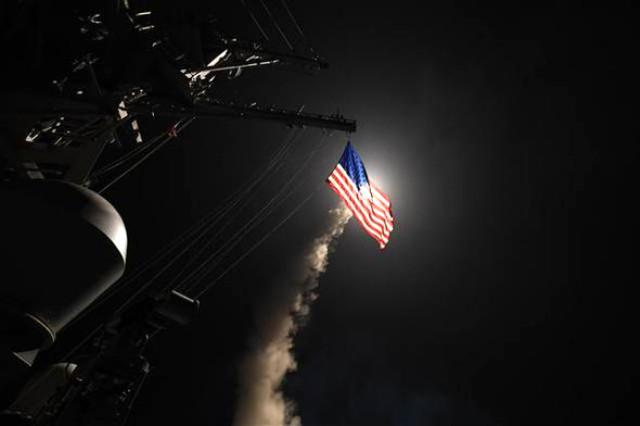 Donald Trump açıkladı Suriye'deki o hedef füzeyle vuruldu