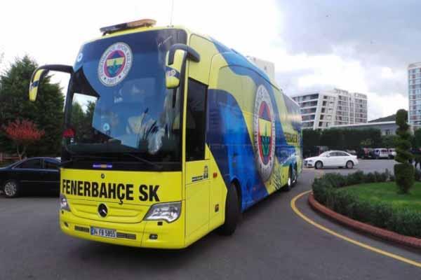 Fenerbahçe otobüsü ikinci kez saldırıya uğradı