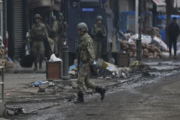 Şırnak Uludere'de PKK'lı 19 terörist öldürüldü