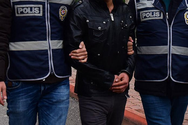 İzmir'i 1 Mayıs'ta kana bulayacaklardı yakalandılar