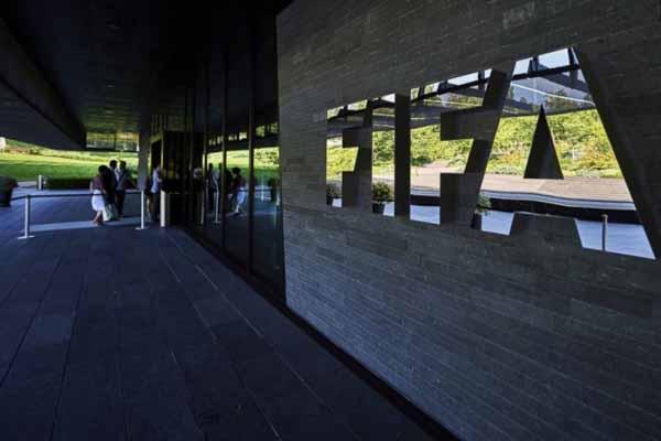 FIFA eski üyesi Blazer'den rüşvet itirafı geldi