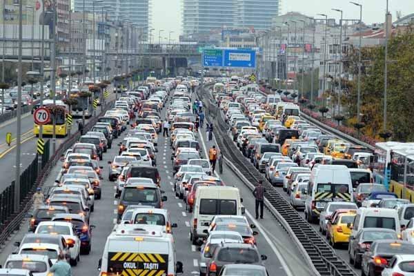 Dikkat İstanbul'da bazı yollar trafiğe kapatılacak