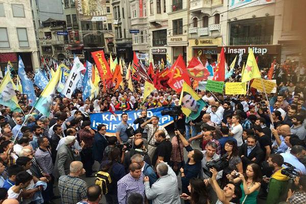 Kobani protestoları devam ediyor