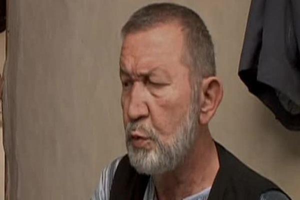 Yeşilçam'ın ünlü oyuncusu Mete Dönmezer hayatını kaybetti