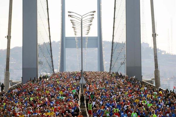 Vodafone 38. İstanbul Maratonu'nda birinciler belli oldu