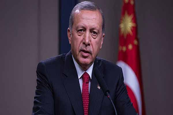 Cumhurbaşkanı Erdoğan'a hakaret gerekçesiyle 4 kişi adliyede