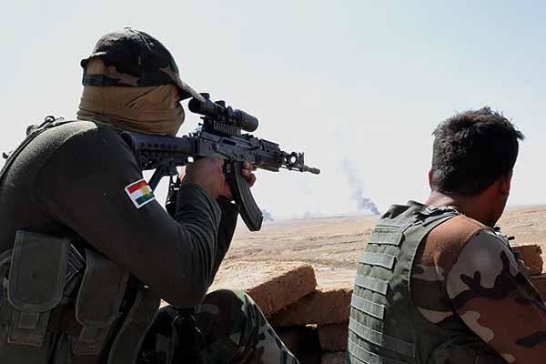 İngiliz ordusundan Kürtlere silah eğitimi