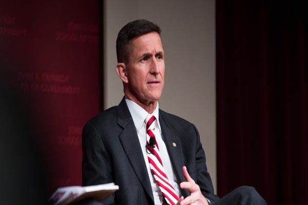 """Trump'ın istihbarat başdanışmanı Flynn """"Gülen'in Usame Bin Ladin'den farkı yok"""""""