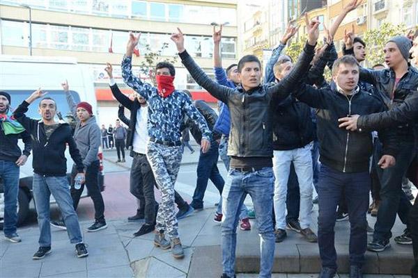 HDP'li vekillerin tutuklanmasını protesto ettiler