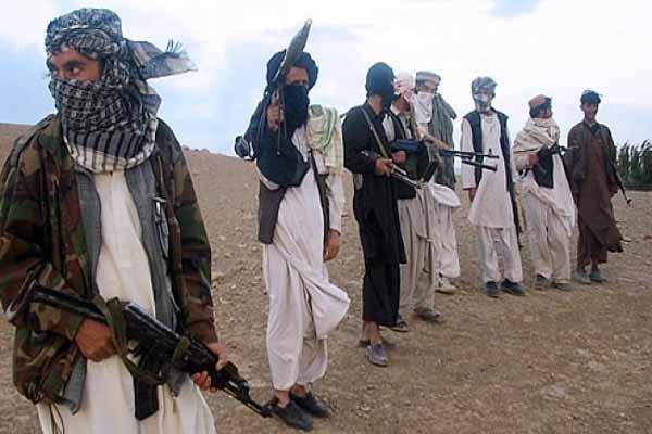Afganistan'da Taliban militanları ve güvenlik güçleri arasında çatışma