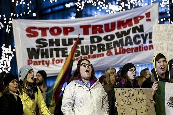 Chicago'da Donald Trump karşıtı gösteri düzenlendi